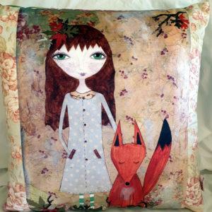 Polly and the Fox Velvet cushion